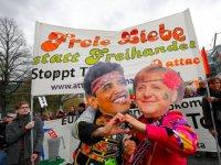 hanover-ttip-protest-obama-merkel