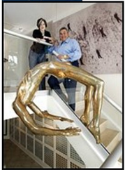 tony-podestas-dahmer-statue-arch of hysteria by Louise Bourgeois 2