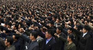 North Koreans_Political Rally 2