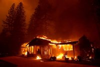 CA fires 2018_near LAs house_gettyimages-1059463226